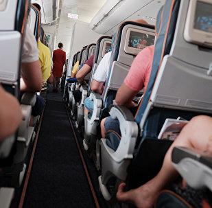 სტიუარდესა თვითმფრინავის სალონში