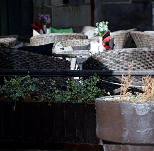 Столики в одном из тбилисских кафе