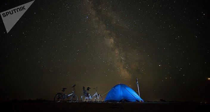 Ночное небо и звезды