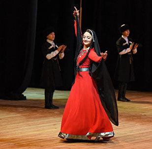 Народные танцы Грузии представляют величавые и элегантные обряды