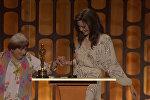 89-летняя Аньес Варда станцевала с Джоли