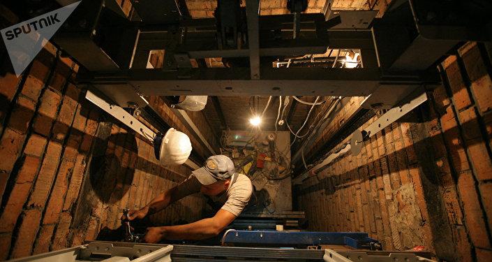 Шахта лифта, архивное фото