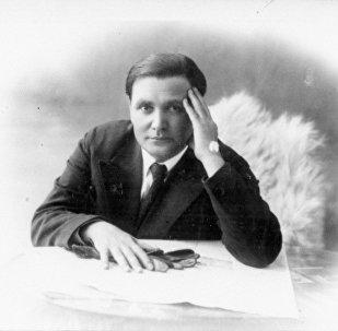 Грузинский советский поэт Галактион Васильевич Табидзе