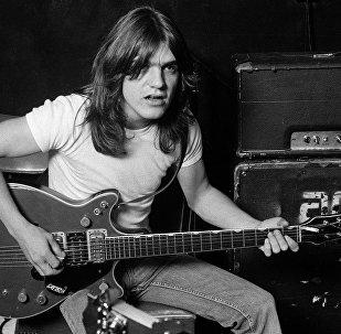 Основатель рок-группы AC/DC Малькольм Янг