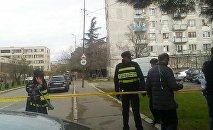 Полиция на месте спецоперации в Исанском районе столицы Грузии