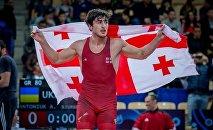 Борец греко-римского стиля Шмаги Болквадзе (-66 кг) завоевал золото молодежного чемпионата Мира