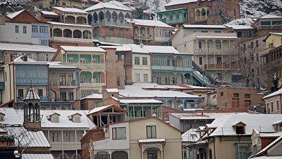 Старые дома в историческом центре Тбилиси неподалеку от Мейдана