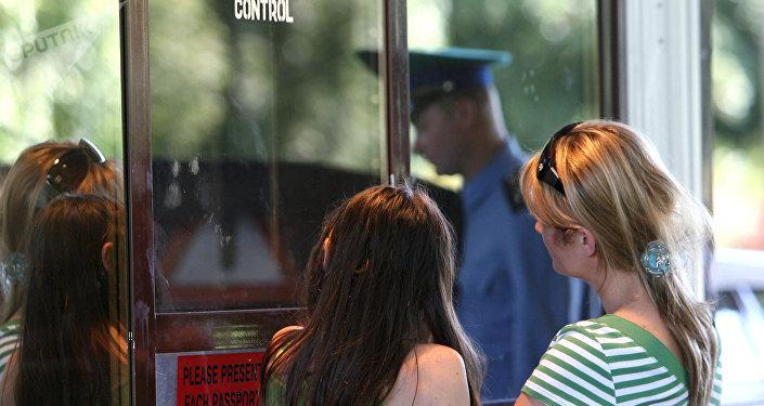 Работа отделения погранконтроля Мамоново-Автодорожное в Калининградской области