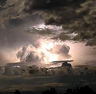 """""""უცხოპლანეტელების დისკოთეკა"""" - საოცარი ვიდეორგოლი ავსტრალიიიდან"""