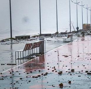 GEO როგორ გამოიყურება ბათუმის სანაპირო შტორმის შემდეგ
