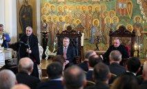 Премьер-министр Георгий Квирикашвили и президент Георгий Маргвелашвили в Духовной академии
