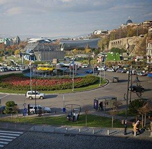 Центр Тбилиси - площадь Европы и парк Рике
