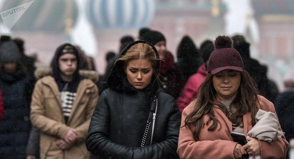 Жители России поведали, чего они ожидают от2018 года— опрос