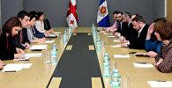 Глава МВД Грузии Георгий Гахария провел встречу с представителям грузинских НПО