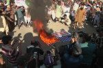 Пакистанцы сожгли флаг США