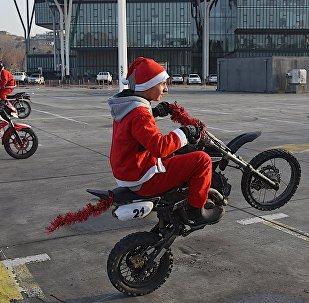Байкеры Санта Клаусы