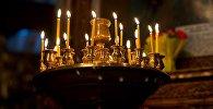 Горящие свечи в Метехской церкви