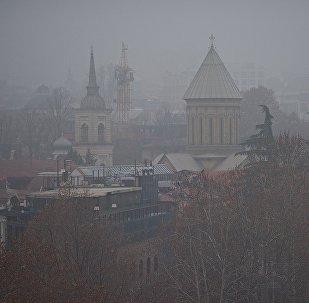 Тбилиси в тумане - кафедральный собор Сиони