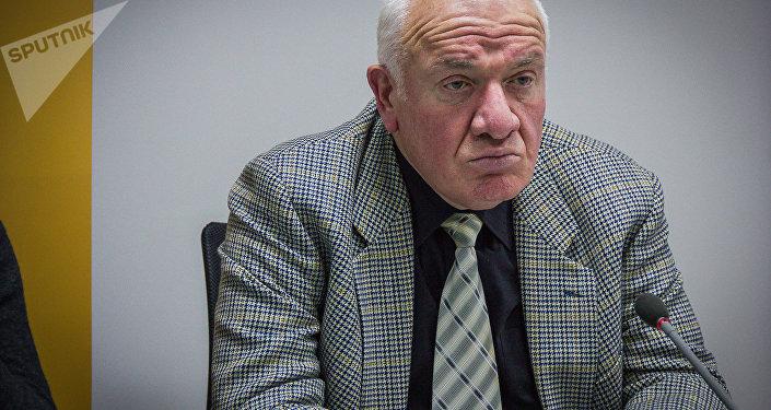 Доктор права, адвокат Георгий Коява