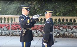 ვიდეოკლუბი: საპატიო ყარაული არლინგტონის სასაფლაოზე