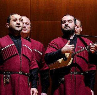 Грузинский государственный ансамбль народной песни Basiani