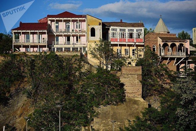 Старый Тбилиси, подъем в район Авлабари