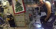 Российский космонавт полетал на пылесосе на МКС