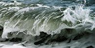 Волны на Черном море