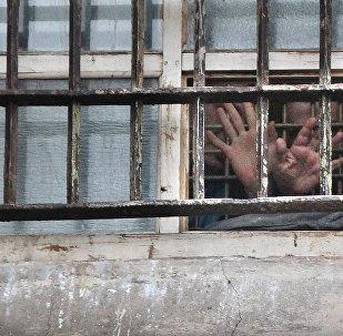 პატიმარი საკანში