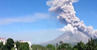 Около 40 тысяч филиппинцев покинули дома из-за угрозы извержения вулкана Майон