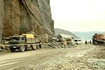 Часть скалы обрушилась на дорогу в Аджарии: кадры с места ЧП