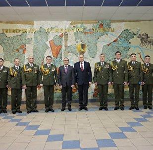 Дмитрий Кумсишвили наградил белорусских спасателей
