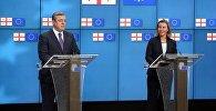 Премьер Грузии Георгий Квирикашвили и верховный представитель ЕС по иностранным делам и политике безопасности Федерика Могерини
