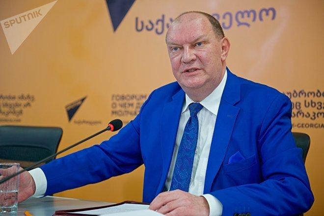 Николай Свентицкий на брифинге