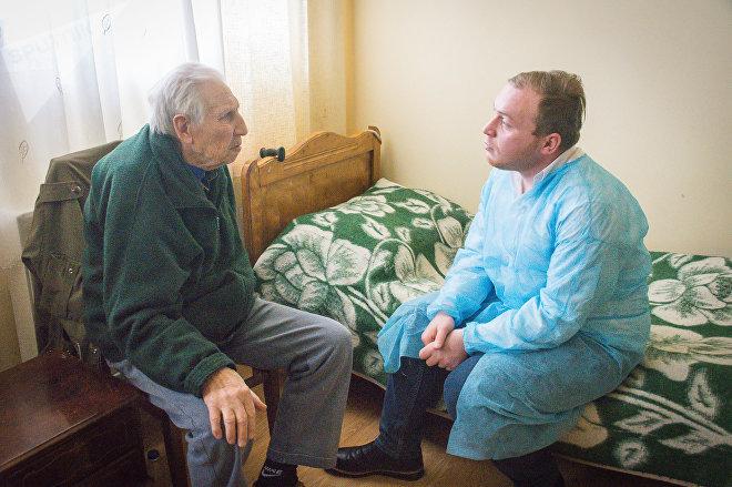 Журналист меняет профессию - дом престарелых