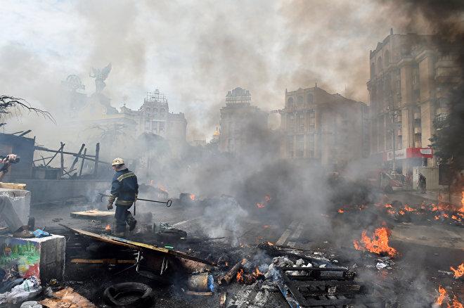 Мейдан в Киеве после акций протеста, архивное фото
