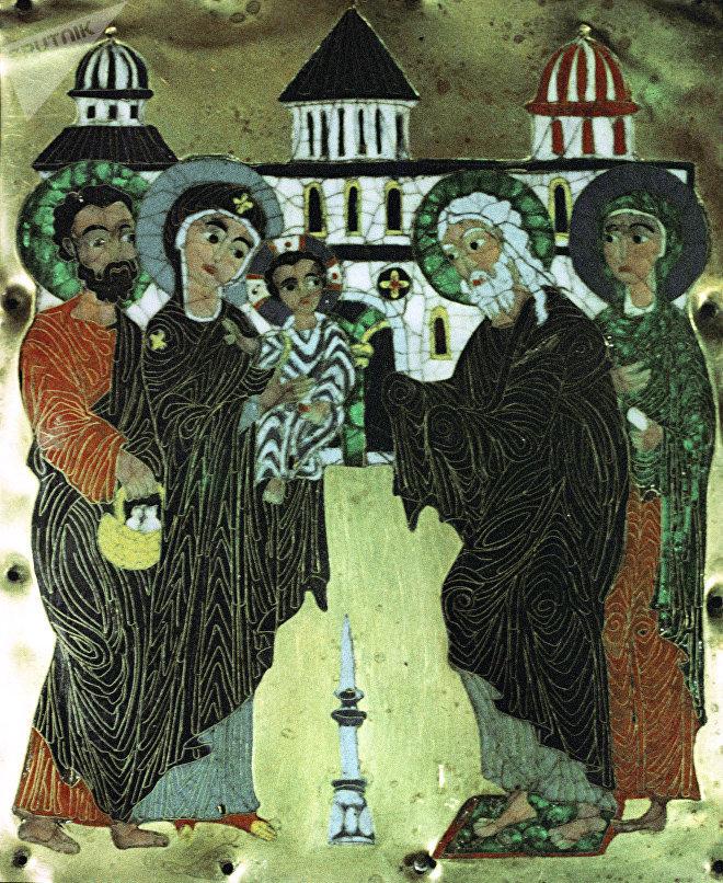 Икона с изображением Сретение. XII век. Грузинская перегородчатая эмаль