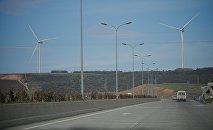 Ветряные установки по выработке электроэнергии у Рикотского перевала