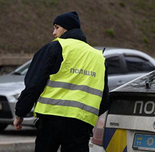 Сотрудник Украинской полиции в Киеве.