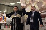 Представителя Грузии наградили на выставке вина в Молдове - видео