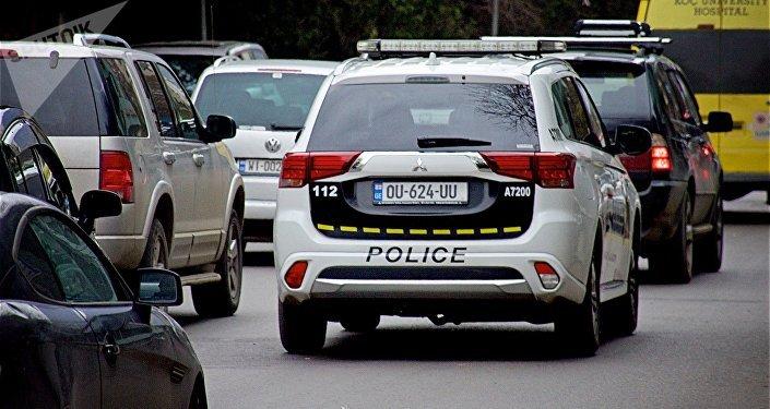 Машина патрульной полиции на улице Цинцадзе