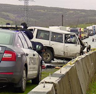 Последствия сильной аварии на трассе в регионе Имерети
