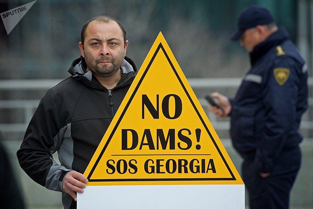 В последний раз новую гидроэлектростанцию в Грузии открыли в апреле 2017 года в Дарьяльском ущелье вблизи грузино-российской границы. Мощность Дарьяльской ГЭС составляет 108 мегаватт. Гидроэлектростанция стоит на реке Терек