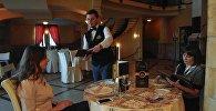 Журналист меняет профессию: официант в грузинском ресторане