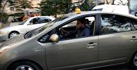 Журналист меняет профессию: за рулем такси в столице Грузии