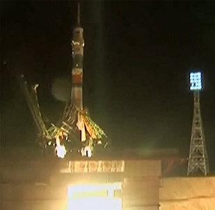 Роскосмос запустил Союз в космос: кадры старта