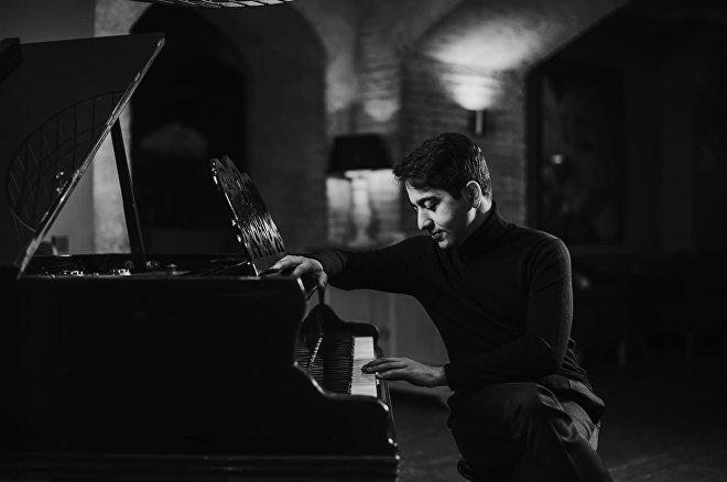 Грузинский пианист Лука Окрос